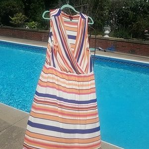 Dress that wraps across the chest